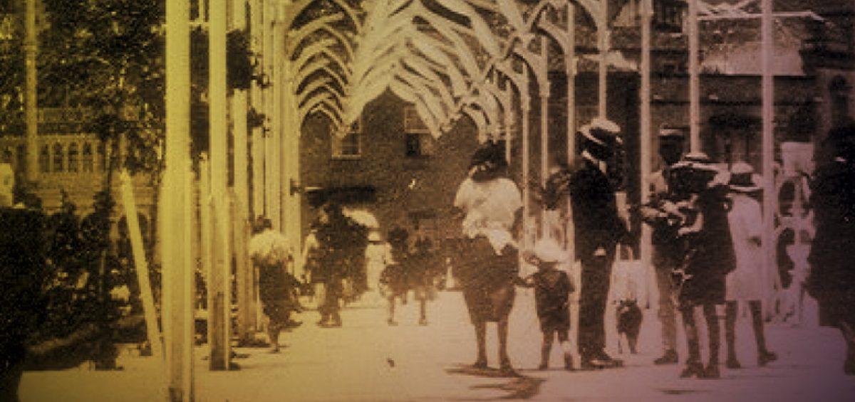 """Exposición-fotográfica-""""La-Orotava-y-sus-fiestas""""-en-el-MAIT.-C.Cultural-La-Escalera-1200x565"""